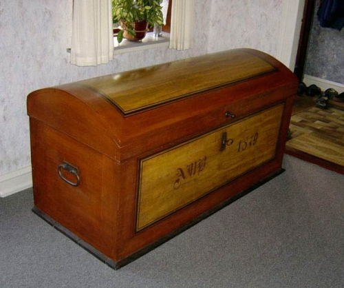 Kiste fra 1879, Malet med ådring (ikke original)